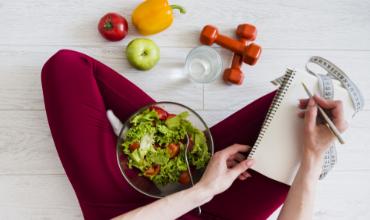 Uống nước có thể giảm cân ?