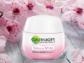 Kem dưỡng trắng Garnier Sakura White Serum Day Cream ảnh 7